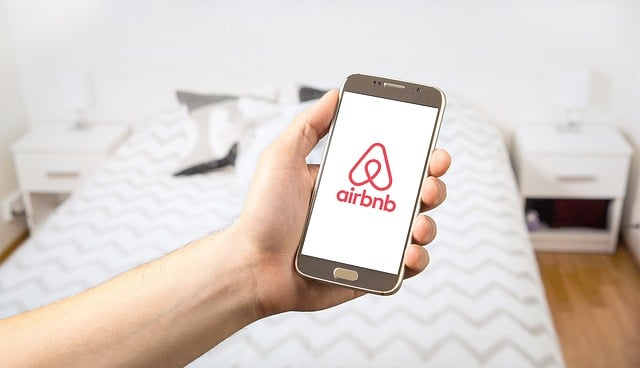 airbnb 2384737 640